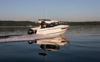 Parker 750 Cabin Cruiser mit 300 PS Mercury Verado