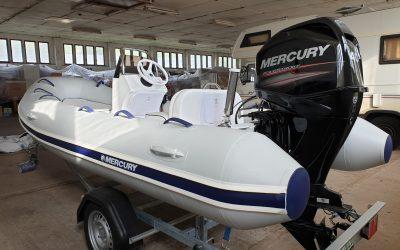 Mercury Festrumpfschlauchboot mit 1 Betriebsstunde (jetzt schon an den Sommer denken !!)